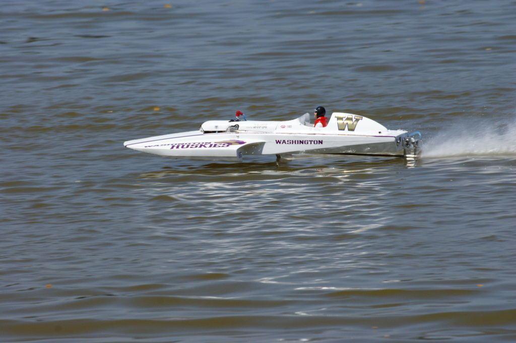 Power RC Boats