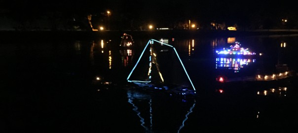 mini Parade of Lights at San Diego Model Boat Pond (14)