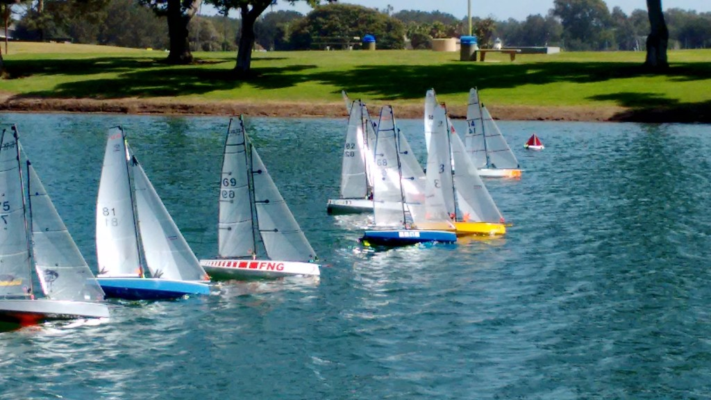 VO70 2015 Race Week Class Photo (1)